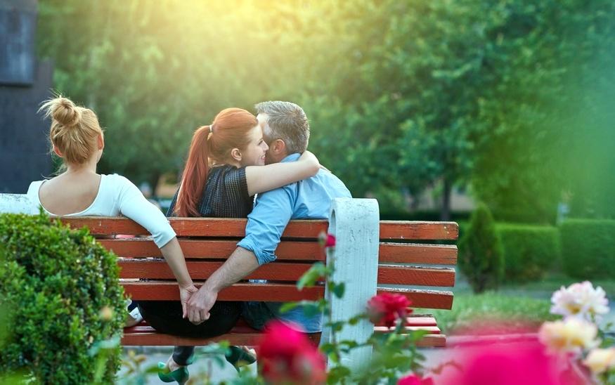 Perché e quando un uomo sposato si innamora dell'amante?