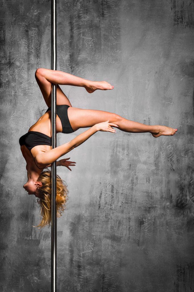 Pole dance benefici alla saluta